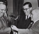 "P.M. DAVID BEN GURION ACCOMPANIED BY MR. ABBA EBAN ISRAEL AMBASSADOR TO THE U.S.A. VISITS PRESIDENT HARRY     TRUMAN DURING HIS VISIT TO THE STATES.  פגישת ראש הממשלה דוד בן גוריון עם נשיא ארה""ב הארי טרומן (משמאל), בארה""ב.         במרכז, שגריר ישראל אבא אבן."